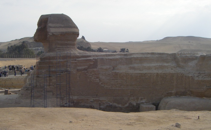 A side view of the Sphinx.