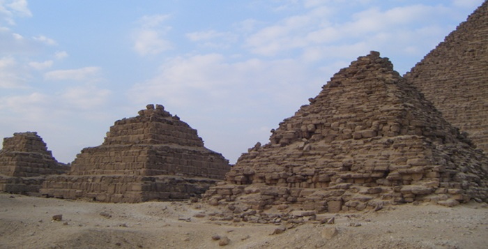 Some of the older small pyramids, including a step one.