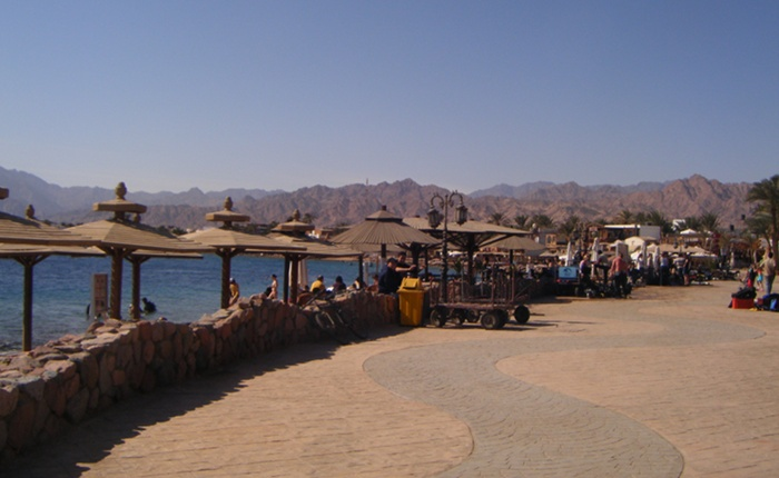 The pretty sea front in Dahab.